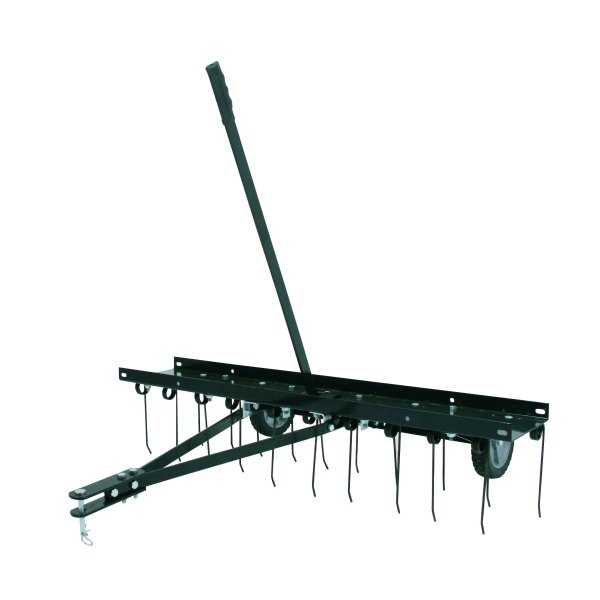 Scarifier for lawn tractor lawn tractor